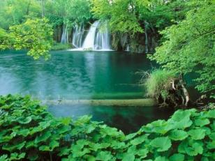 Сараево - Пирамидите - Плитвички езера - Загреб